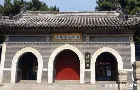 中国最有面子的寺庙,规模不大却有武警站岗,它究竟有什么背景