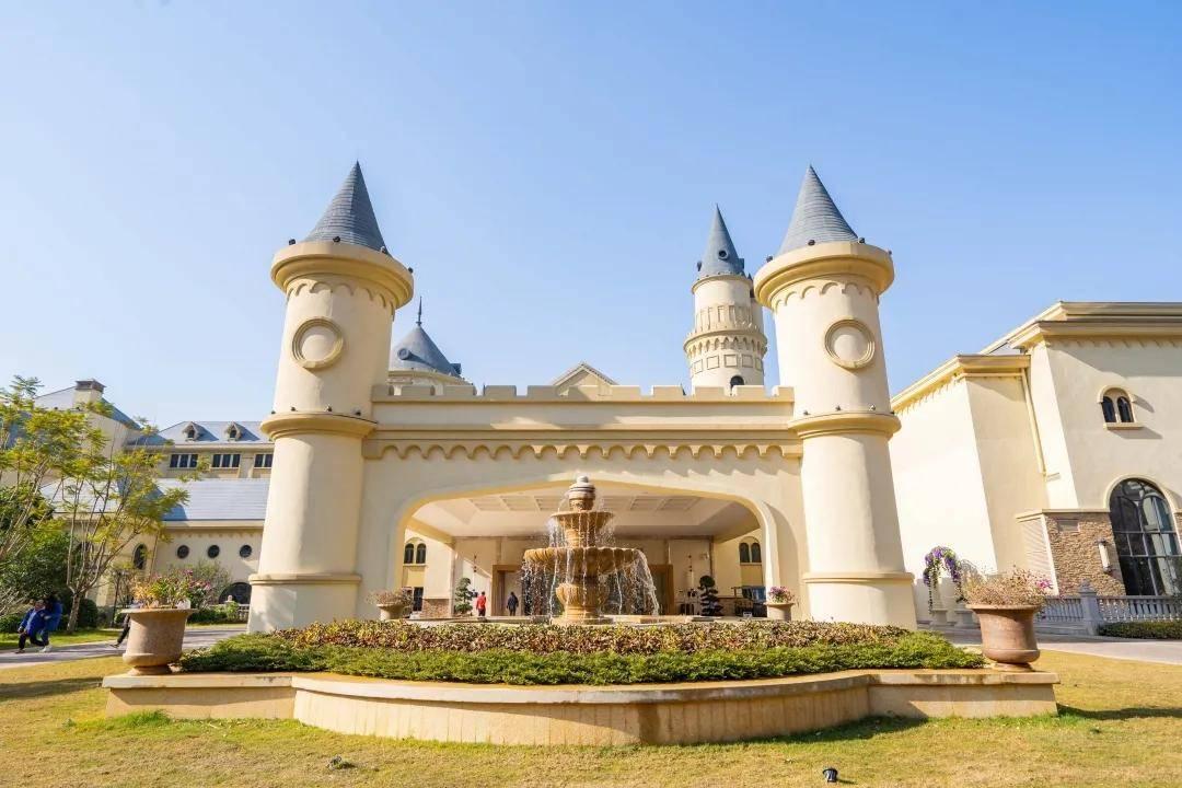 """原创             广州出发1.5小时!住进这家城堡酒店,再也不用做""""在逃公主""""啦"""