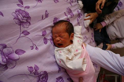 探望新生儿时,没提前做好这些准备,还是先别去了,容易遭人嫌