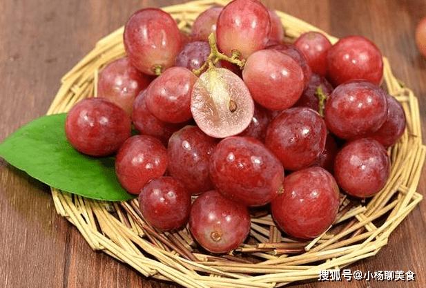 吃葡萄的好处简直太多了,你不看就永远不知道哦,别错过了!