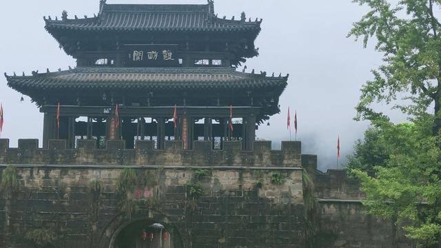 """原创             四川有一座千年的古城,见证了县治发展,被誉为""""巴蜀第一县"""""""