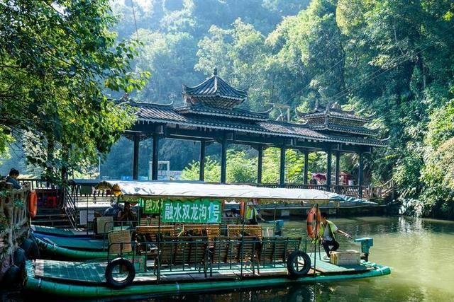 柳州藏有超原始的森林美景,青枝绿叶画中景,你想去这里玩玩吗?