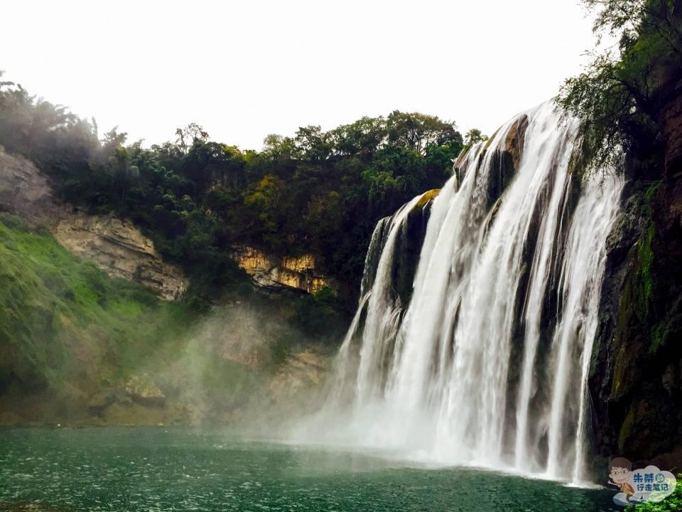 """原创             以连环密布的瀑布群而闻名 堪称""""中华第一瀑"""" 360度全方位观赏"""