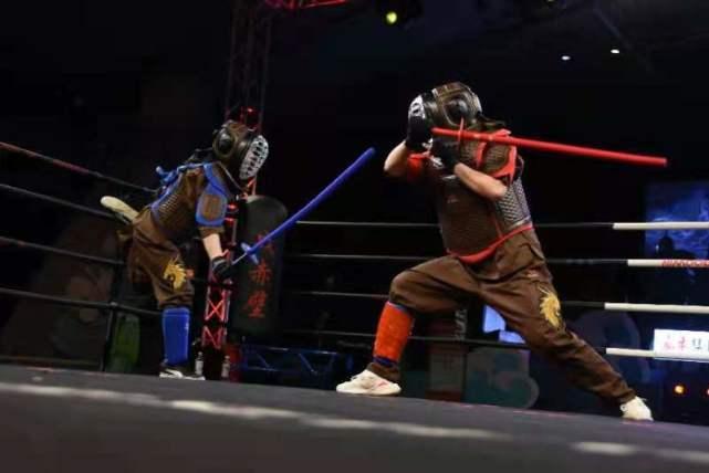 五一挤爆的景区多了,看谁最正能量,赤壁古战场拳赛弘扬尚武精神