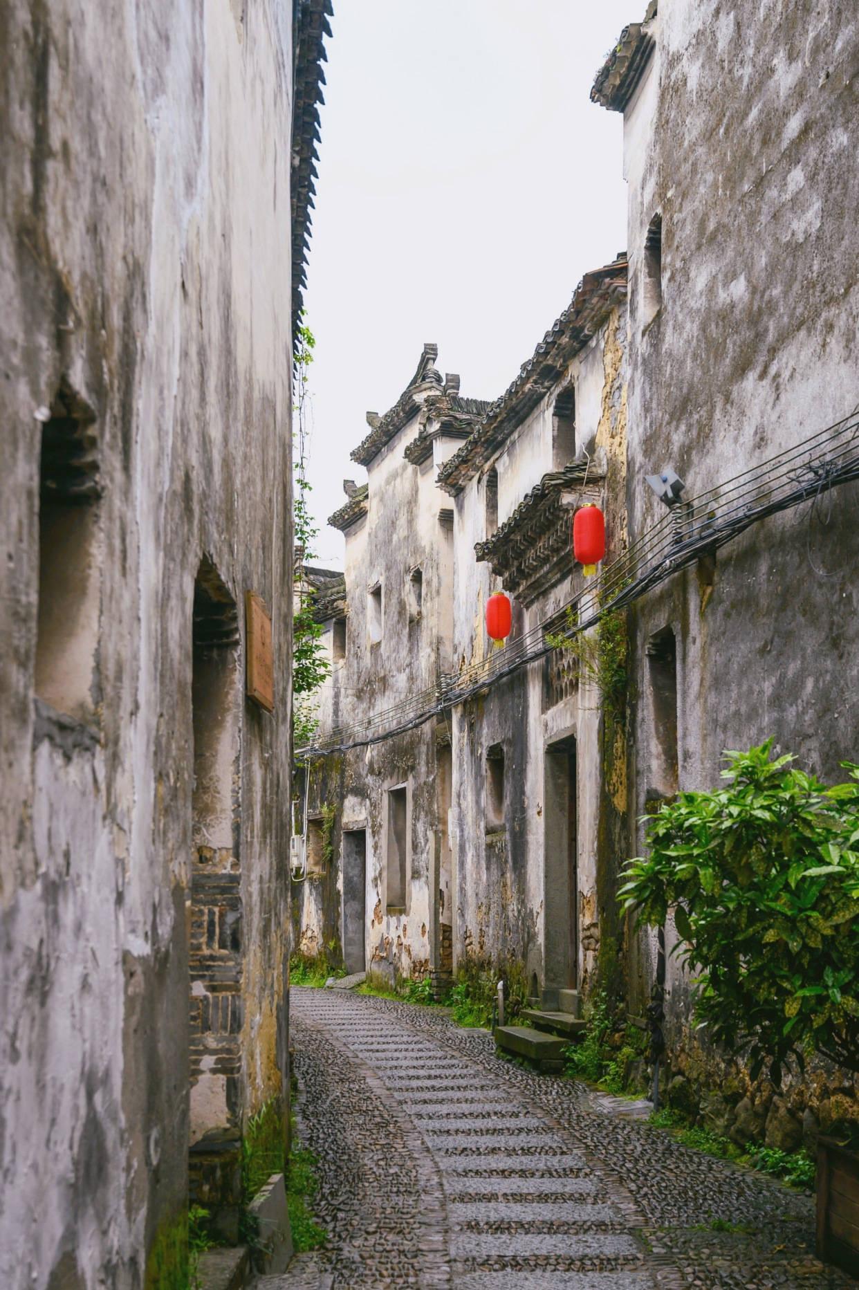 """原创             杭州桐庐""""被遗忘""""的古村,尚存古建百余幢,门票0元却少有人知"""