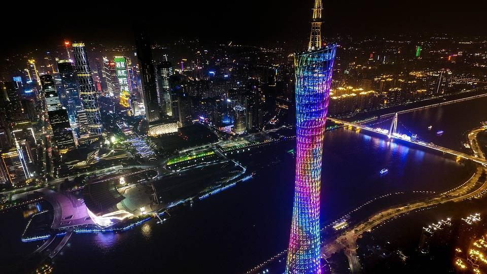 岭南羊城广州的2021年200米以上摩天高楼数量排名怎样?