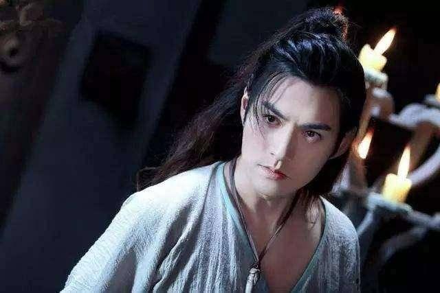 千年第一美男子,无数美女对他痴迷,他却只要一生一世一双人