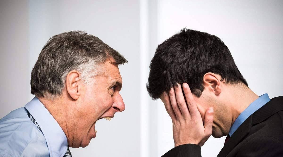 怎么对付打压你的同事 不合群的人有三个特点