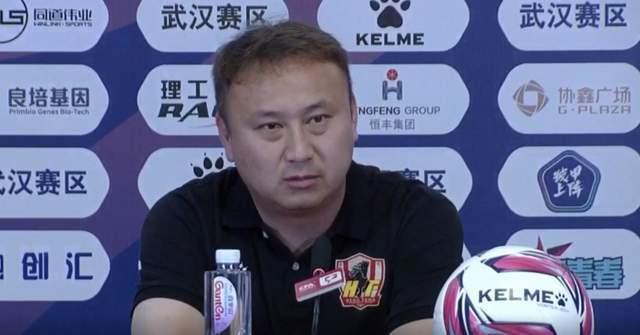 陈懋:贵州队目前面临问题是没有前锋,只能队内挖掘人员……