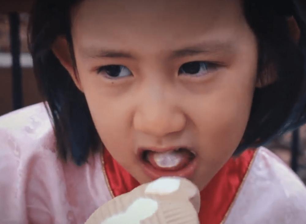 孫莉娘仨遊迪士尼,7歲多妹染頭髮她背國貨包,兒子終於露正臉!