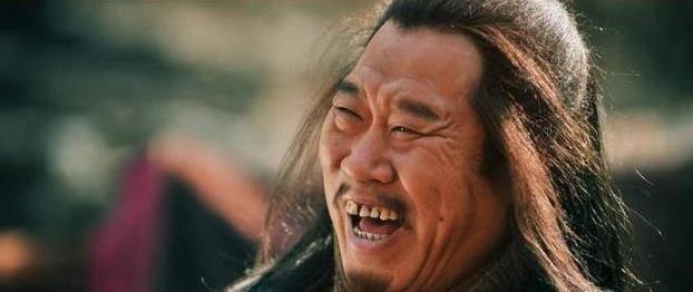 国家一级演员杜旭东,因为嘴歪一直出演坏人,漂亮女儿成他骄傲
