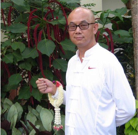 谭烈军:行走在茶马古道上的传奇医师