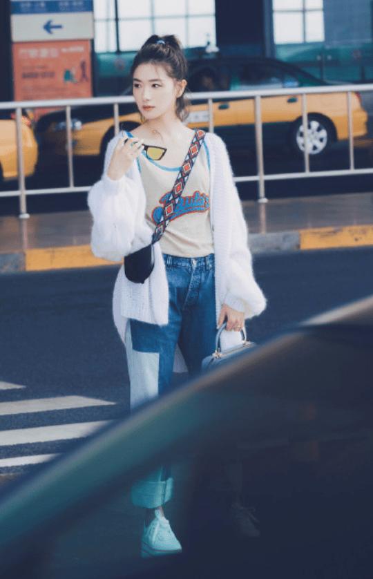 万茜穿一身近2万元的潮牌裤子超时尚,2021夏季最新街头风潮牌裤子穿搭攻略