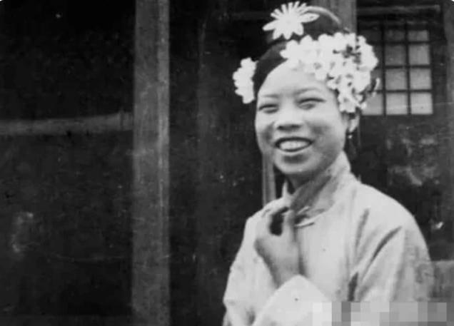 清朝的后宫嫔妃都长得很丑?那是因为你没有见过漂亮的