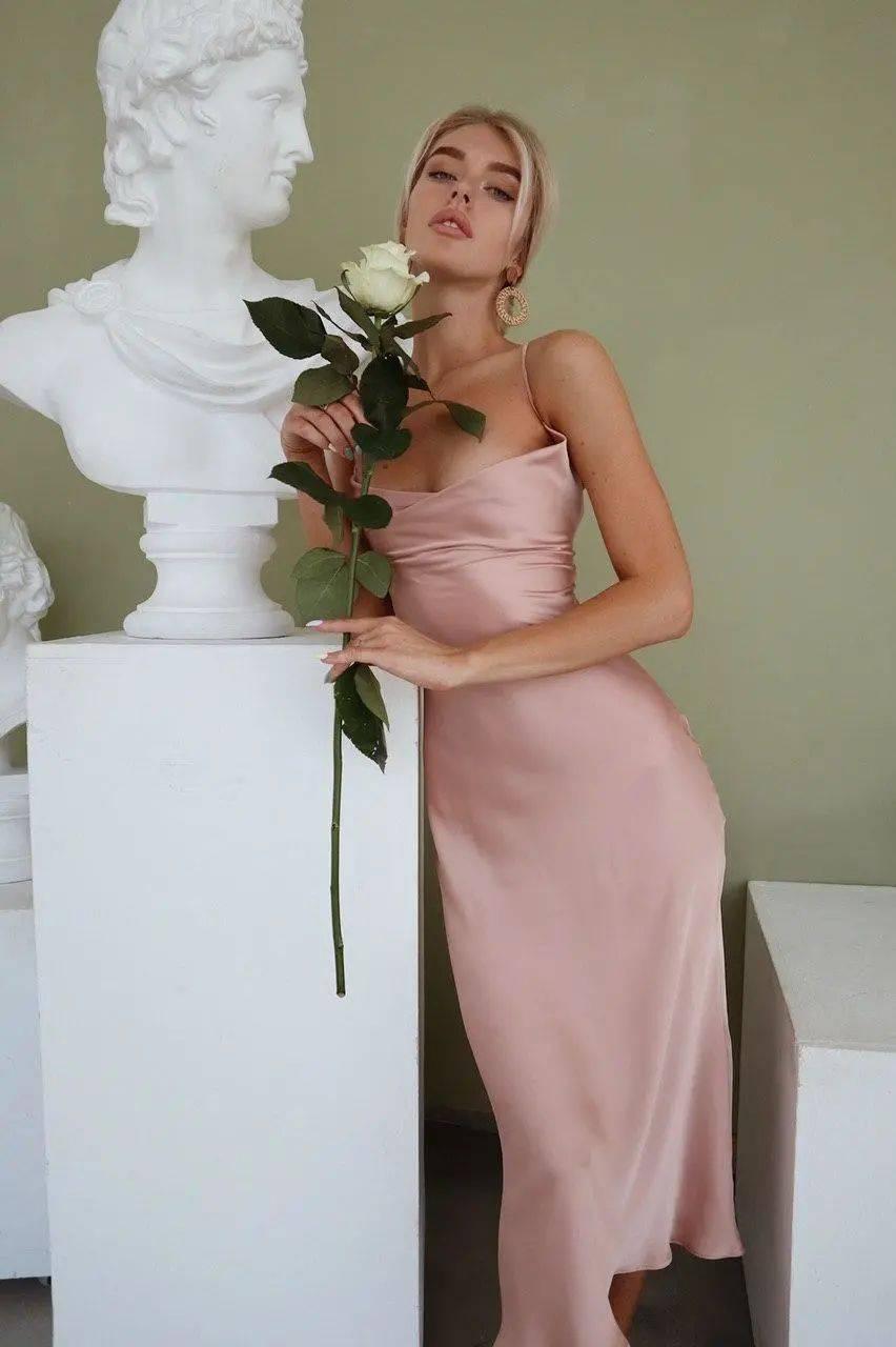 今夏必穿的月光裙有什么特点?如何用月光裙打造不费力的高级感?