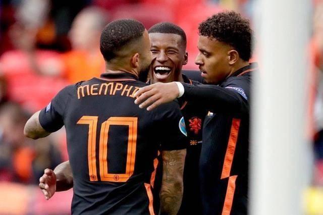 荷兰配角尽是英超故人 利物浦曼联阿森纳懊悔吗