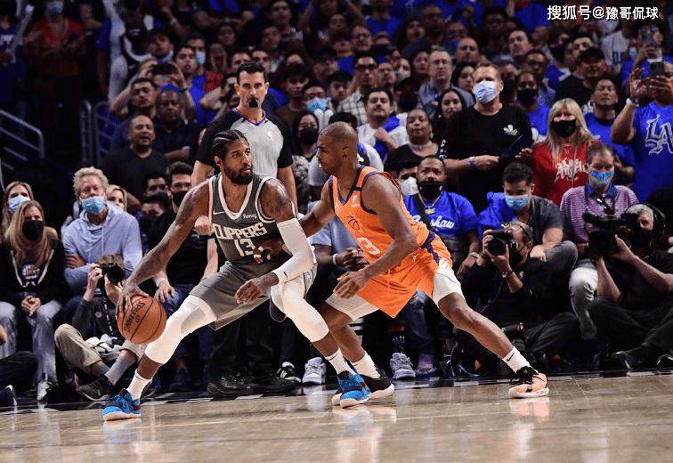 NBA:勇士新四巨头,库里招募杜兰特,跟他说能给他带来良多总冠军