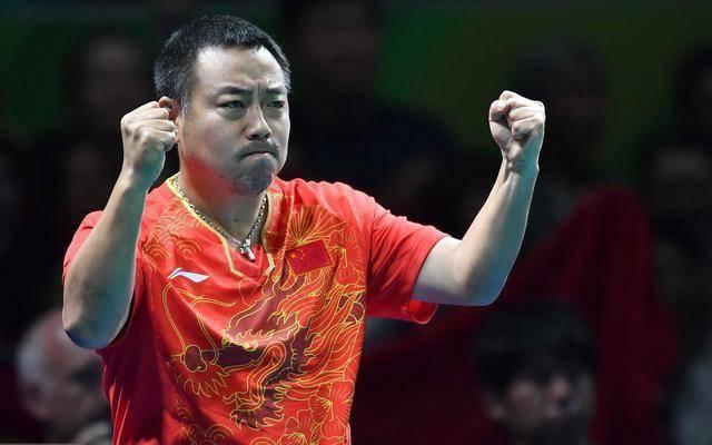 打压|国乒奥运夺金悬了!刘国梁直言规则上受打压:不让手摸球台和吹气