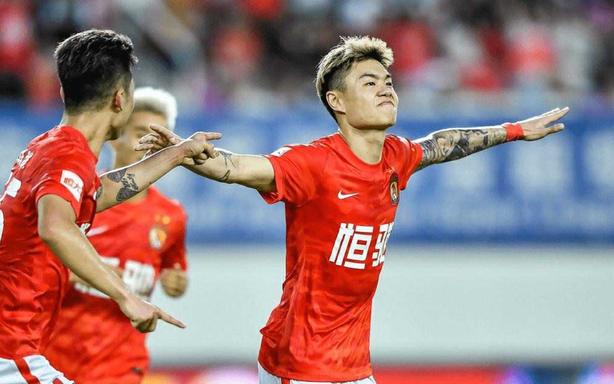 3-1,13-6!广州队终于踢了场好球,批评卡纳瓦罗的声音应少了_七星体育官网