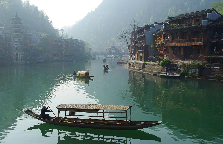 原创             独自旅行的三座古城小镇:一生中至少要有一次,说走就走的旅程