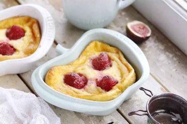 草莓降价!我买来做这道甜点,比蛋糕好吃,做法比布丁简单!