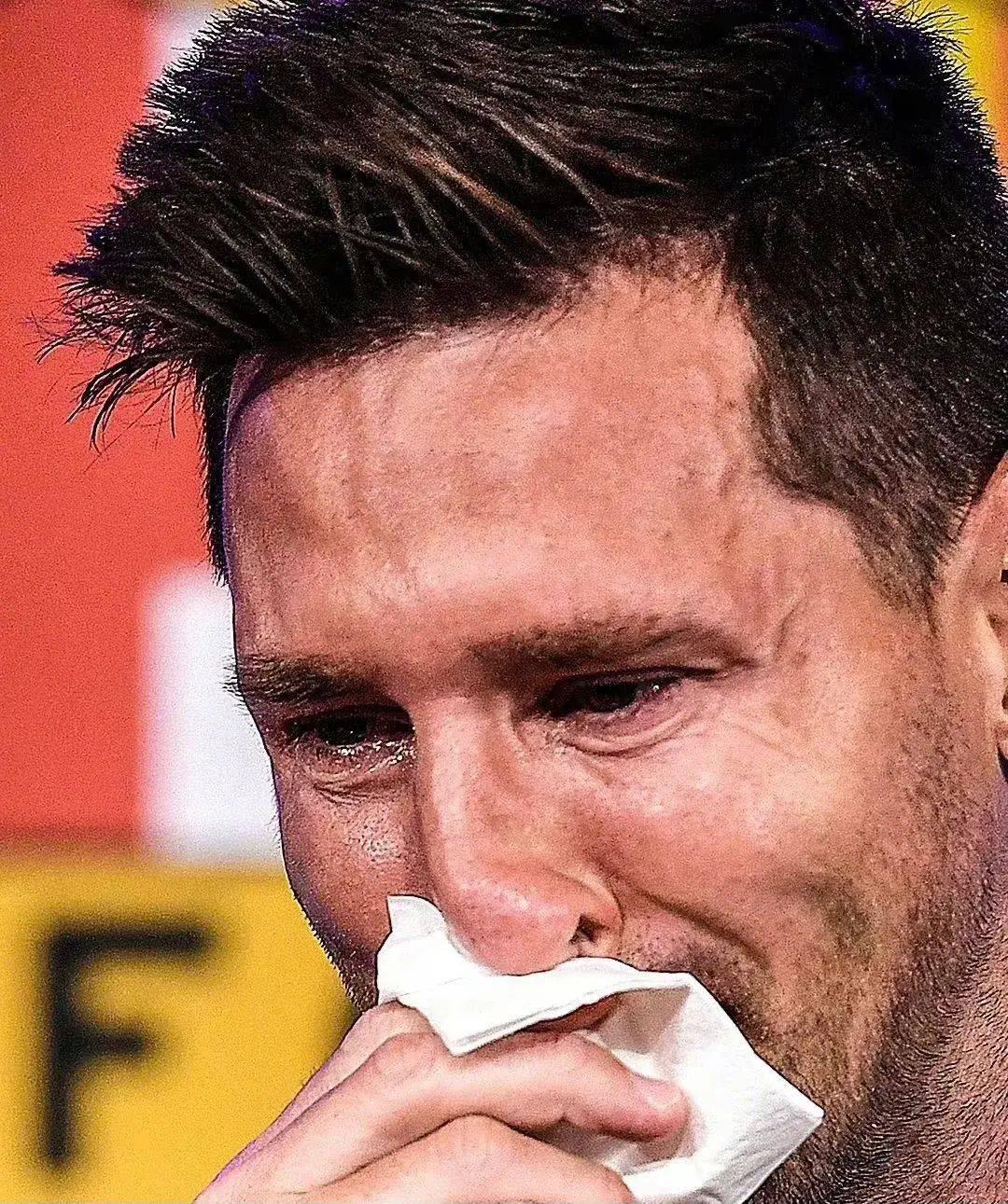 当梅西离开时,足球就像一滴泪