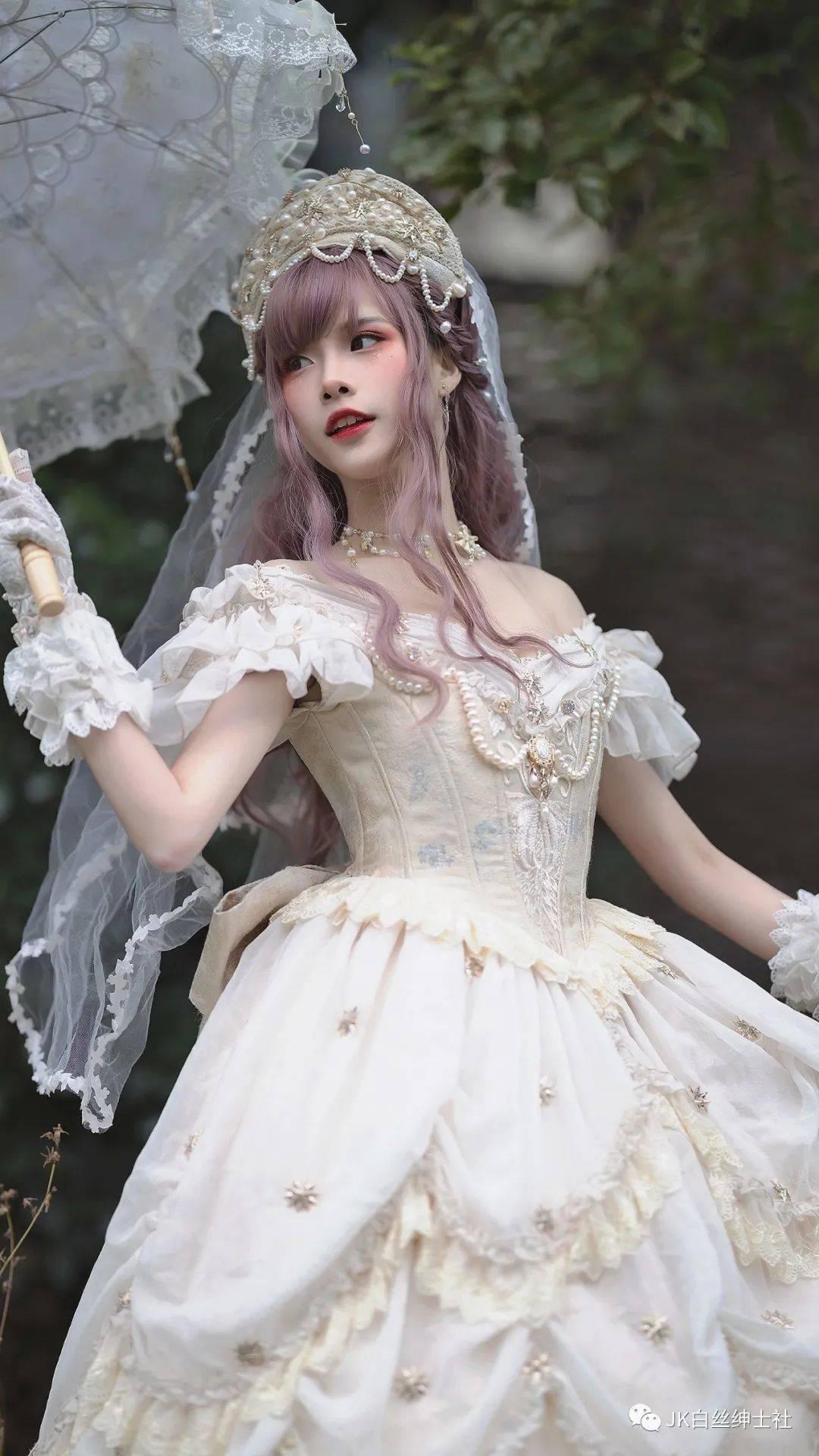 Lolita:温柔似水的钻石星花