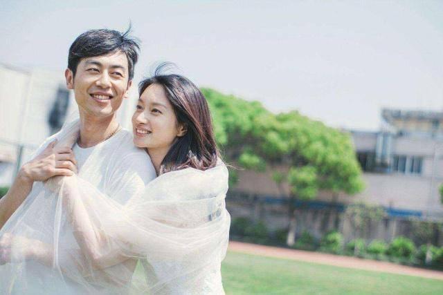 爱情最美的样子!朱的妻子竟然是她 35岁气质不输马伊琍!