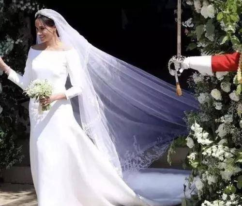 搜索婚纱图片_婚纱情侣头像