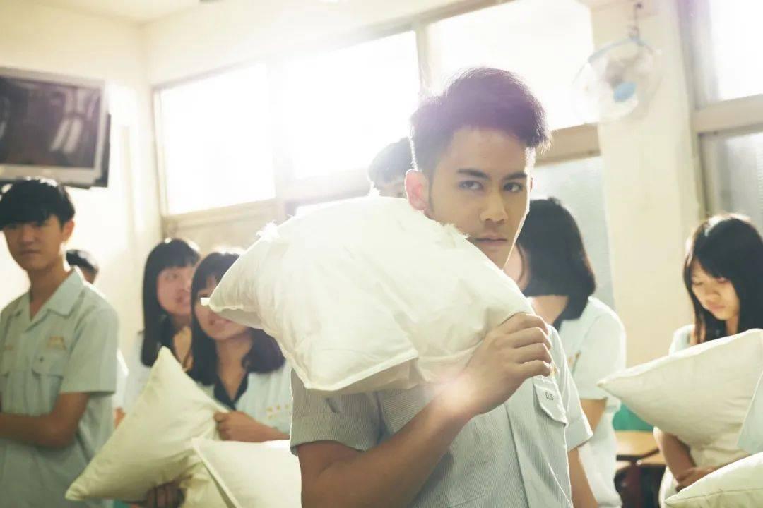 图片[18]-李安,帮你演技烂哭的儿子选选剧本吧-妖次元