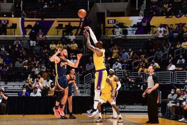 原创             新赛季NBA总冠军赔率:勇士第四,雄鹿第三,湖人第二,那篮网呢