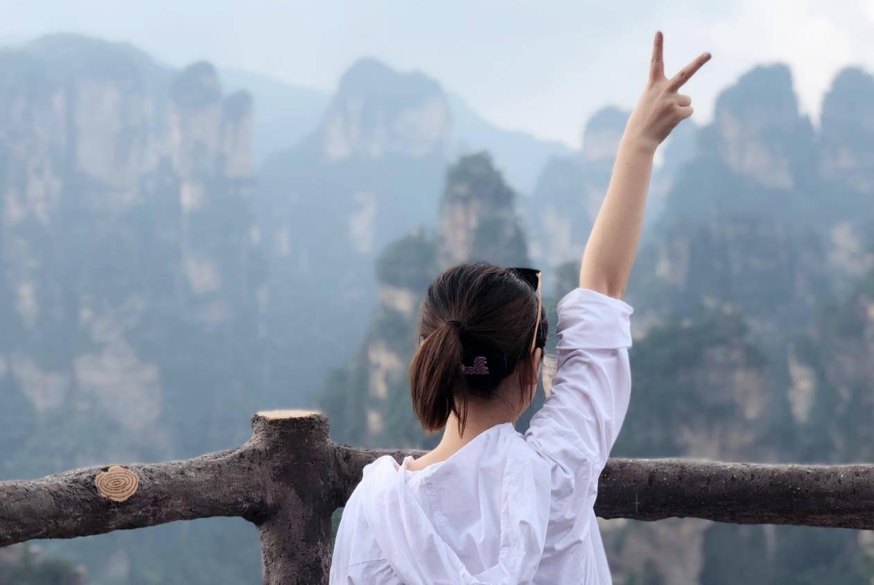 旅游业一年亏损近万亿,专家分析现实:从业者需做好准备