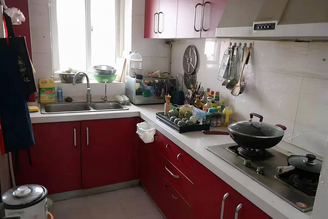 """厨房定制橱柜时,我最明智的决定,就是没听""""专业""""人士的建议"""