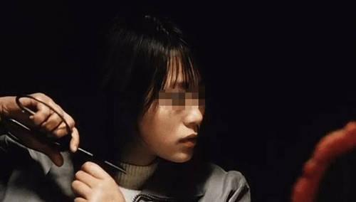 13名少女被拐卖囚禁,解救时遭20多人围攻,人性的险恶远超你想象