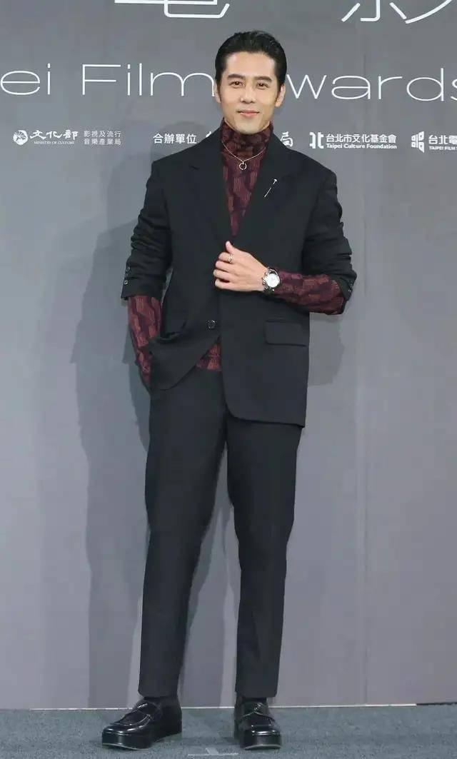 图片[16]-林心如变脸认不出,人均又土又俗,台北电影节红毯,把我丑笑了-妖次元