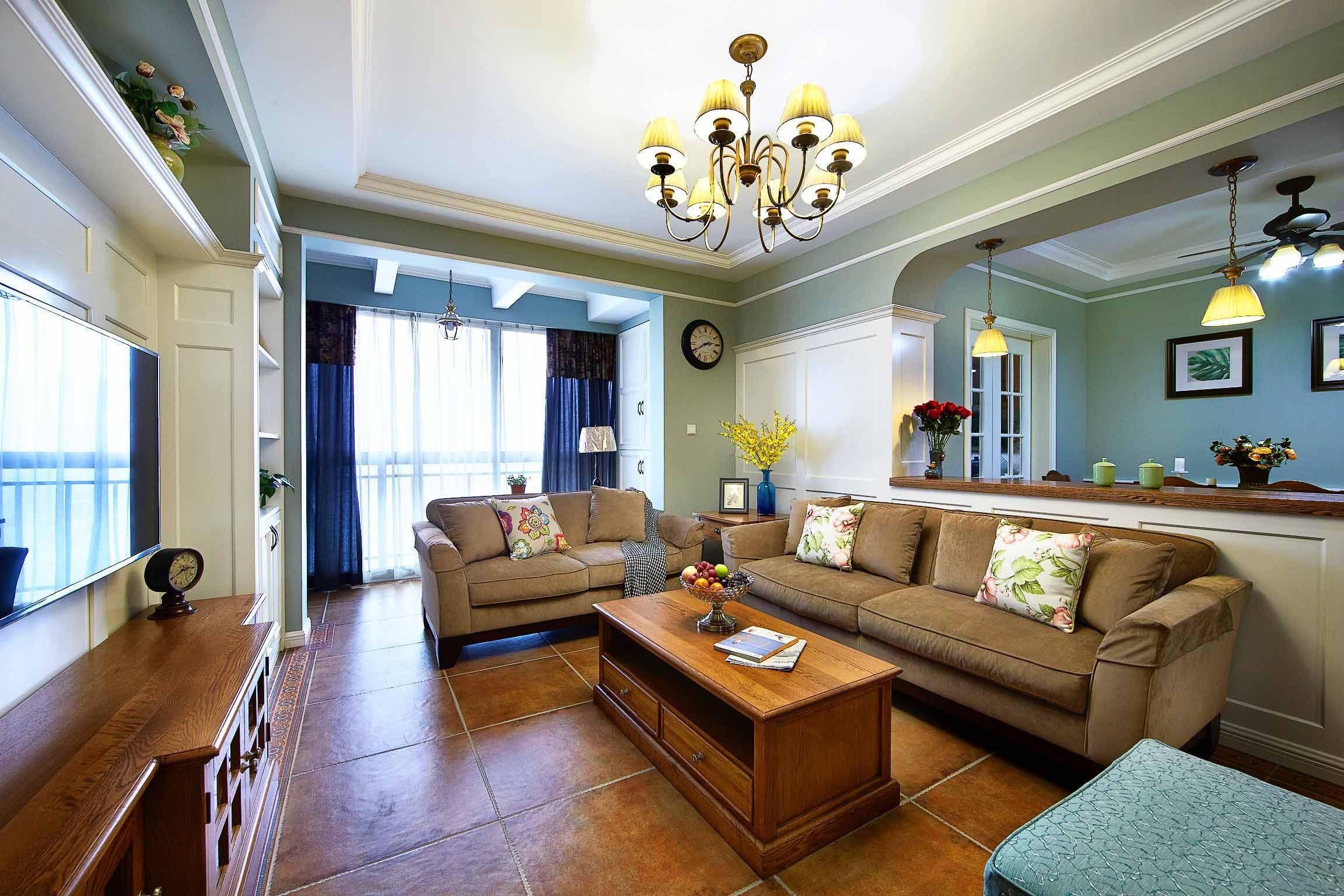 电视墙与沙发墙不等长,在装修时需要用这三种方法进行补救