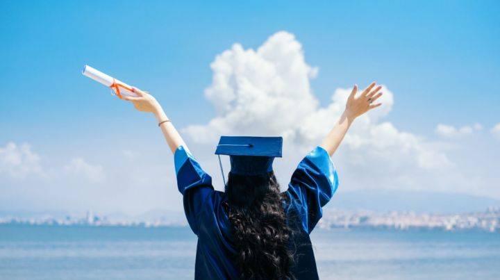 美国留学TOP30申请案例|华科学姐跨专业斩获WUSTL等六所名校BA录取