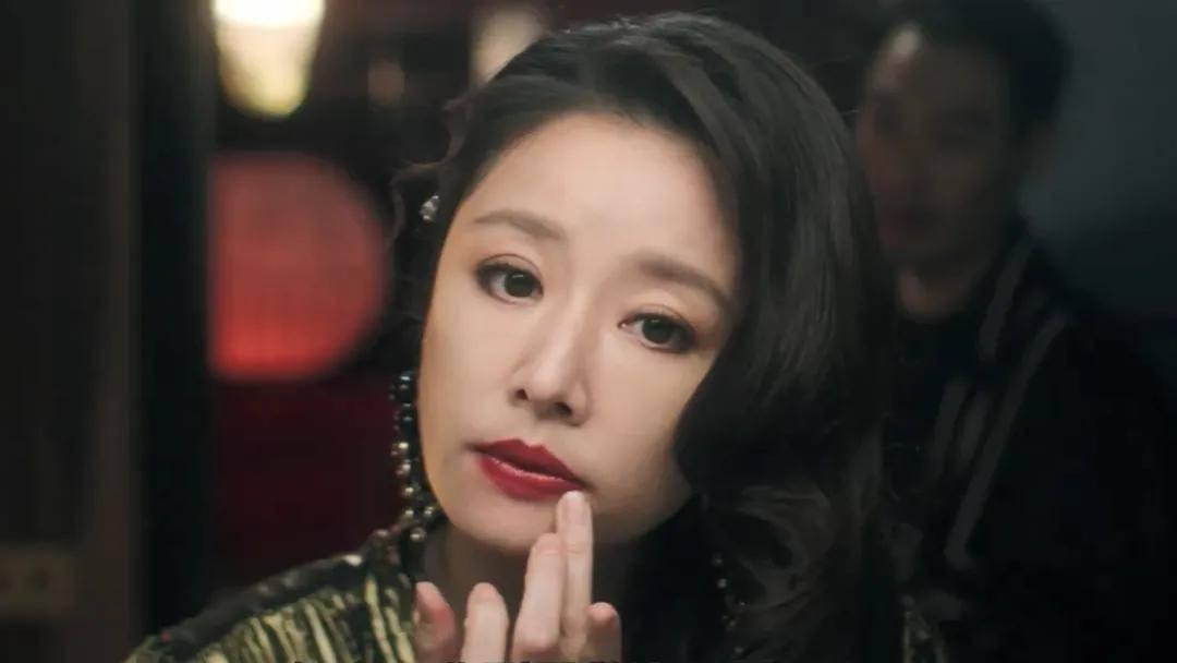 林心如杨祐宁杨谨华奈飞台剧《华灯初上》曝正
