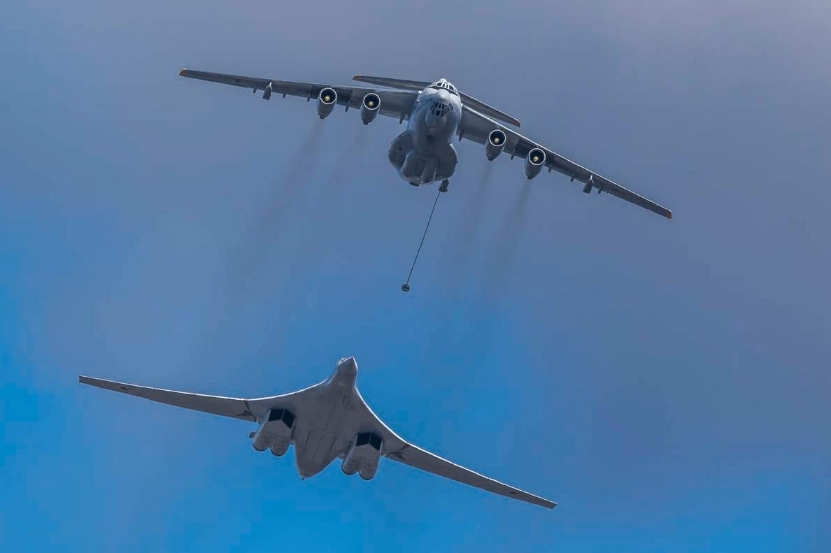 参加俄罗斯胜利日的空中方队,在莫斯科地区的阿