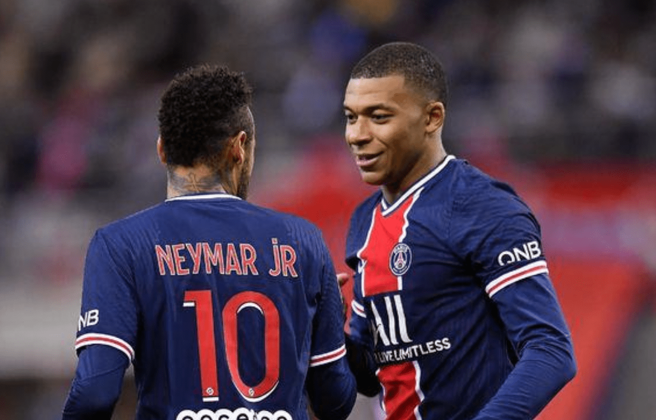 巴黎VS曼城前瞻:金元足球大碰撞 姆巴佩及时伤愈