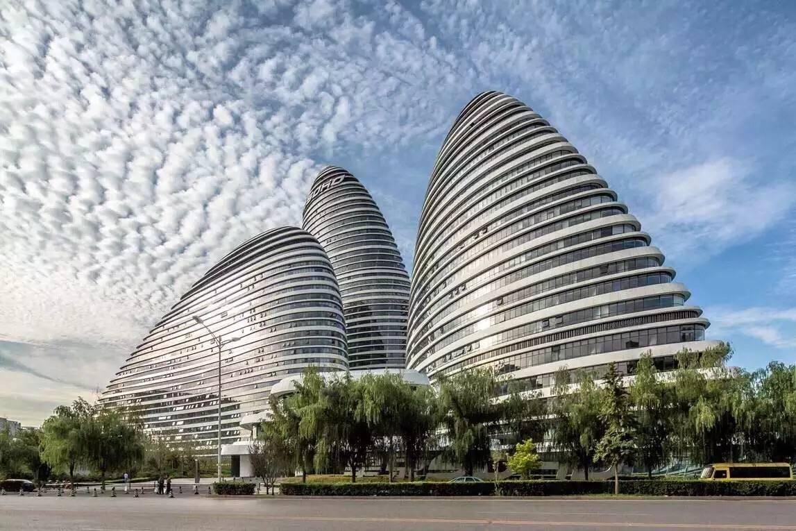 售卖SOHO中国,套现195亿元准备跑路?潘石屹形象终坍塌