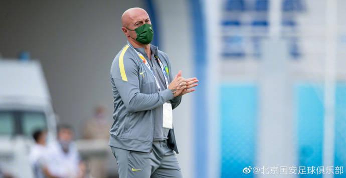 国安青年军主帅:李明每天都在鼓励我们 球员们在享受比赛