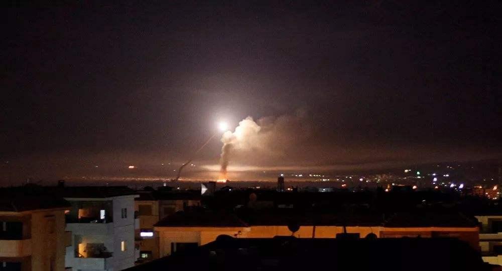 以色列夜袭叙利亚,4枚导弹全部被击落,俄罗斯动真格了?