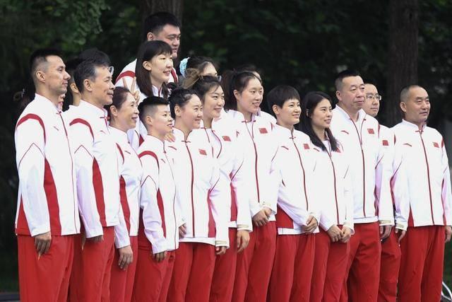 """中国女篮首秀有望令人眼前一亮!姚明助阵""""内线双塔""""呼之欲出n1b"""