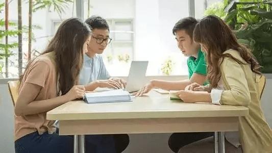 美国学分制教育
