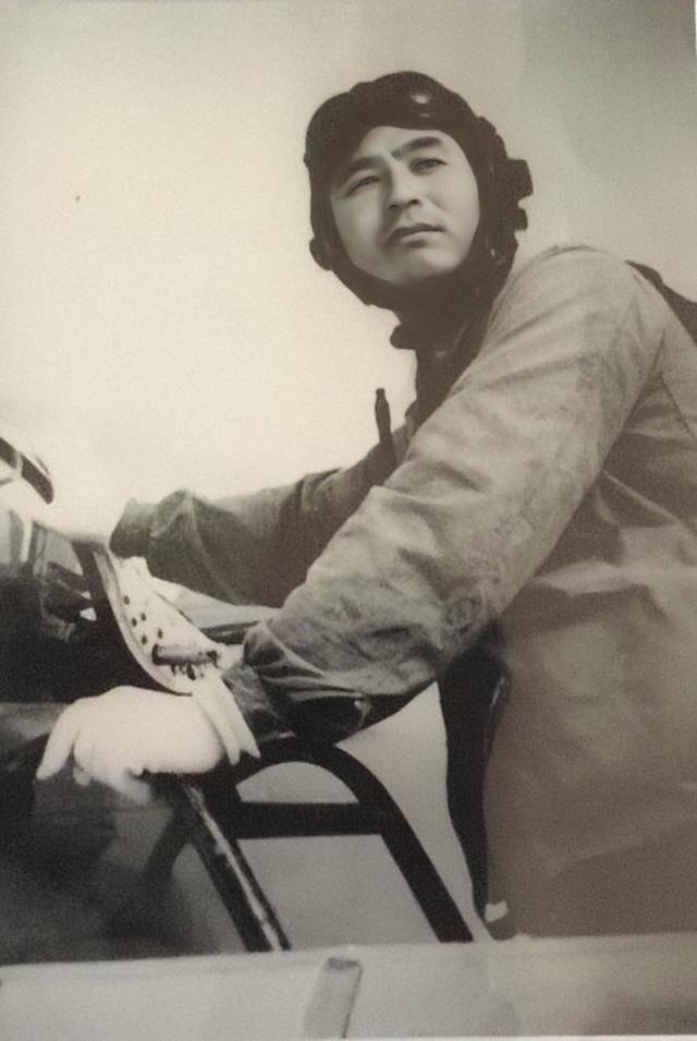 """1965年""""椰岛空战"""",我军歼-6战机击落美军F-104C战机"""