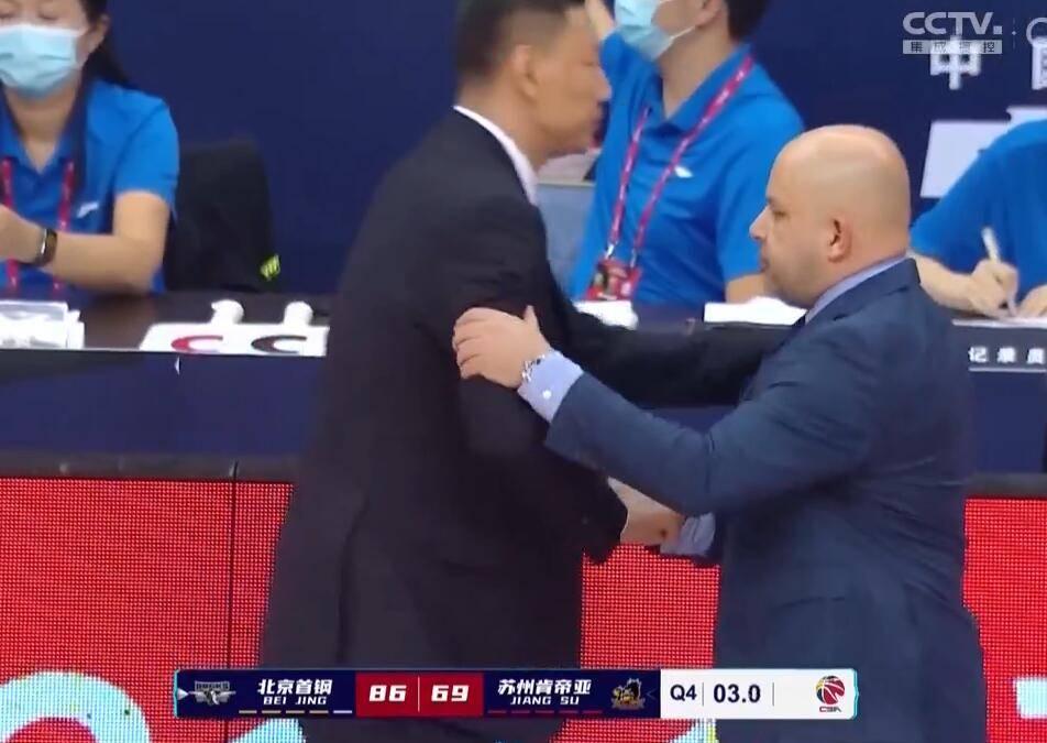 翟晓川14分刘晓宇10助攻 江苏仅两人上双负北京