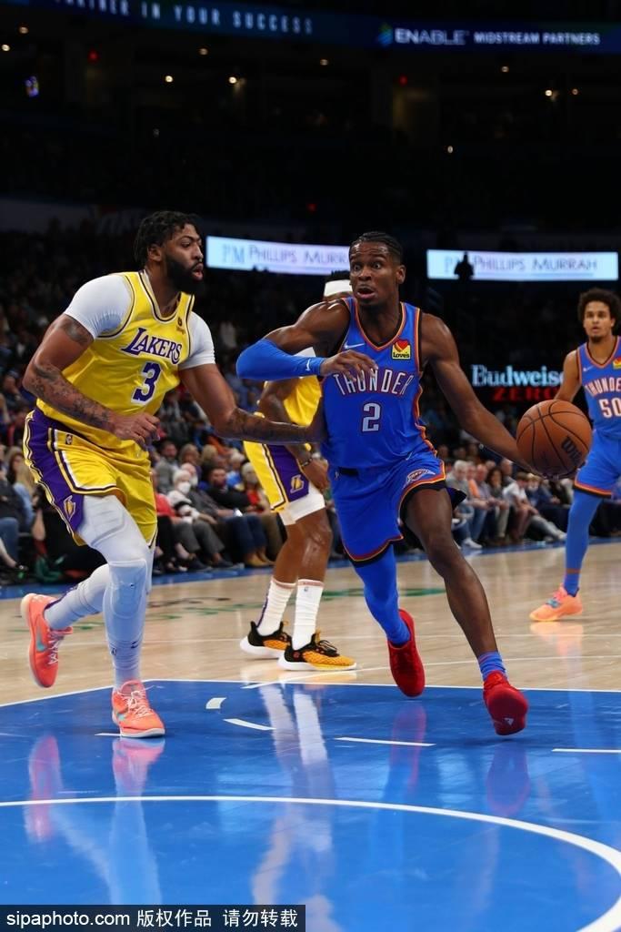 北京时间10月28日,2021-22赛季NBA常规赛继续进行