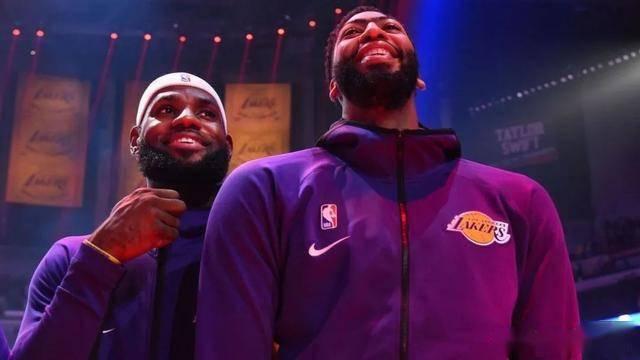 NBA复赛方案终于确定了,利拉德笑了