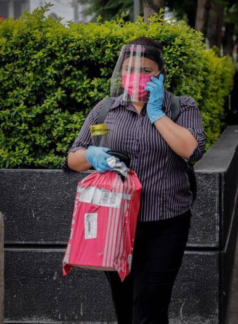 视界 墨西哥新冠确诊病例近30万